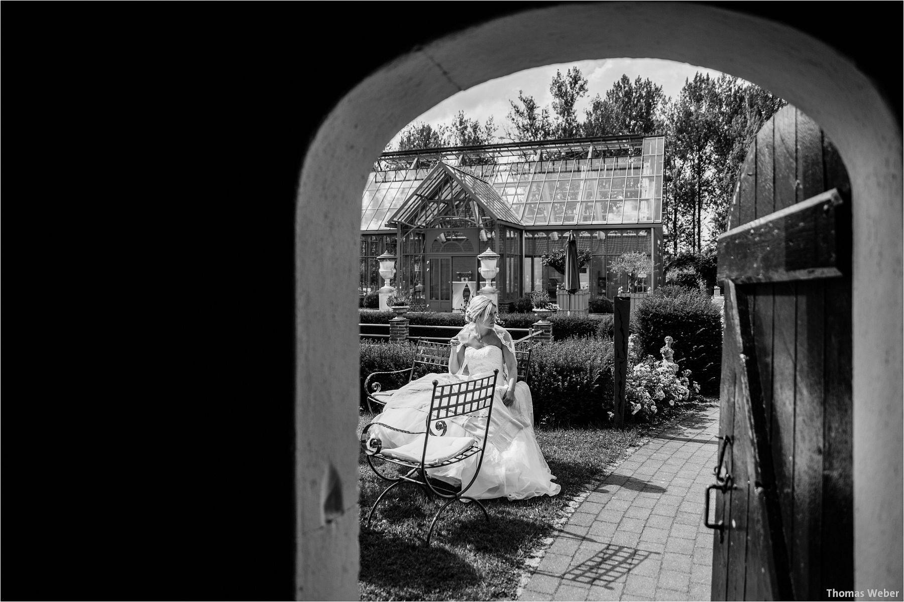 Hochzeitsfotograf Thomas Weber aus Oldenburg: Hochzeitsreportage und Hochzeitsfotos der standesamtlichen Trauung im Schloss Oldenburg, kirchlichen Hochzeit in der Lambertikirche Oldenburg und Hochzeitsfeier auf dem Gut Horn Gristede