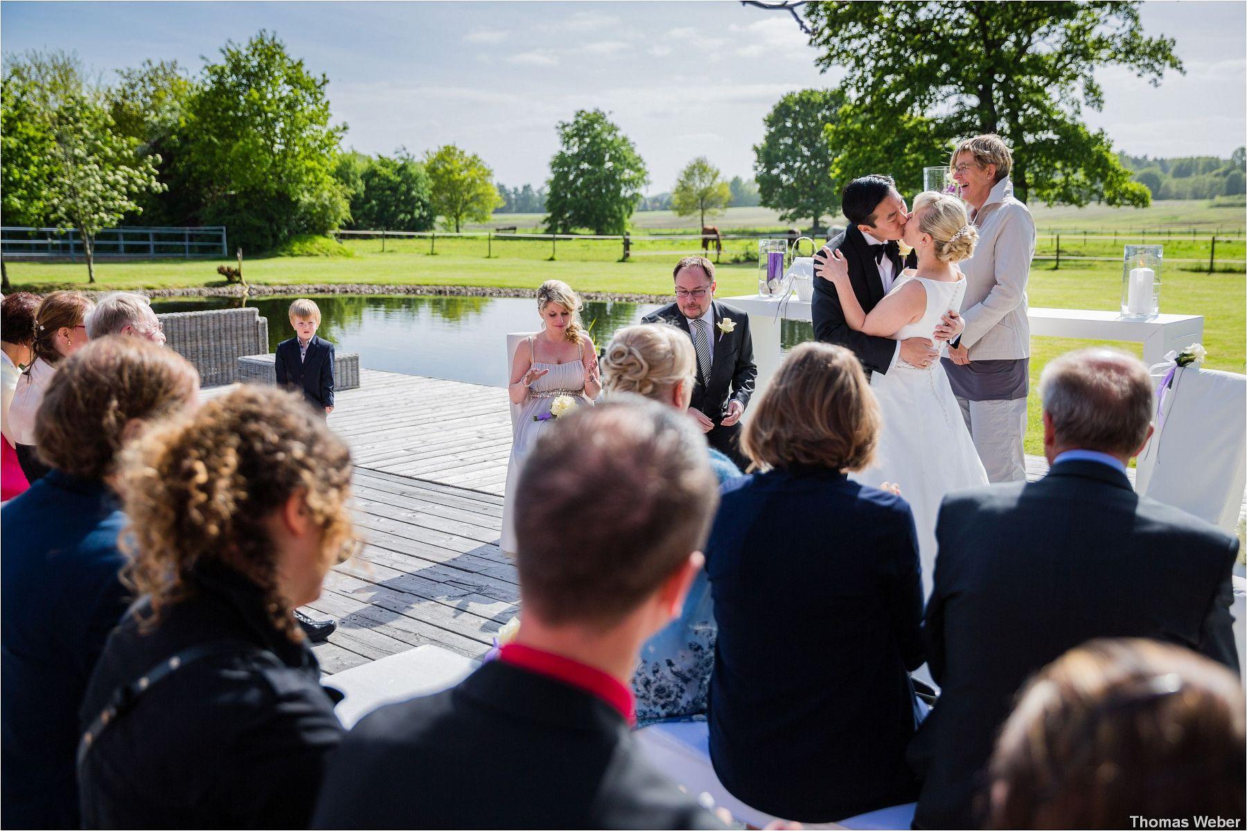 Hochzeit im Standesamt am Pferdemarkt in Oldenburg und freie Trauung in der Eventscheune St. Georg Rastede, Hochzeitsfotograf Oldenburg, Thomas Weber