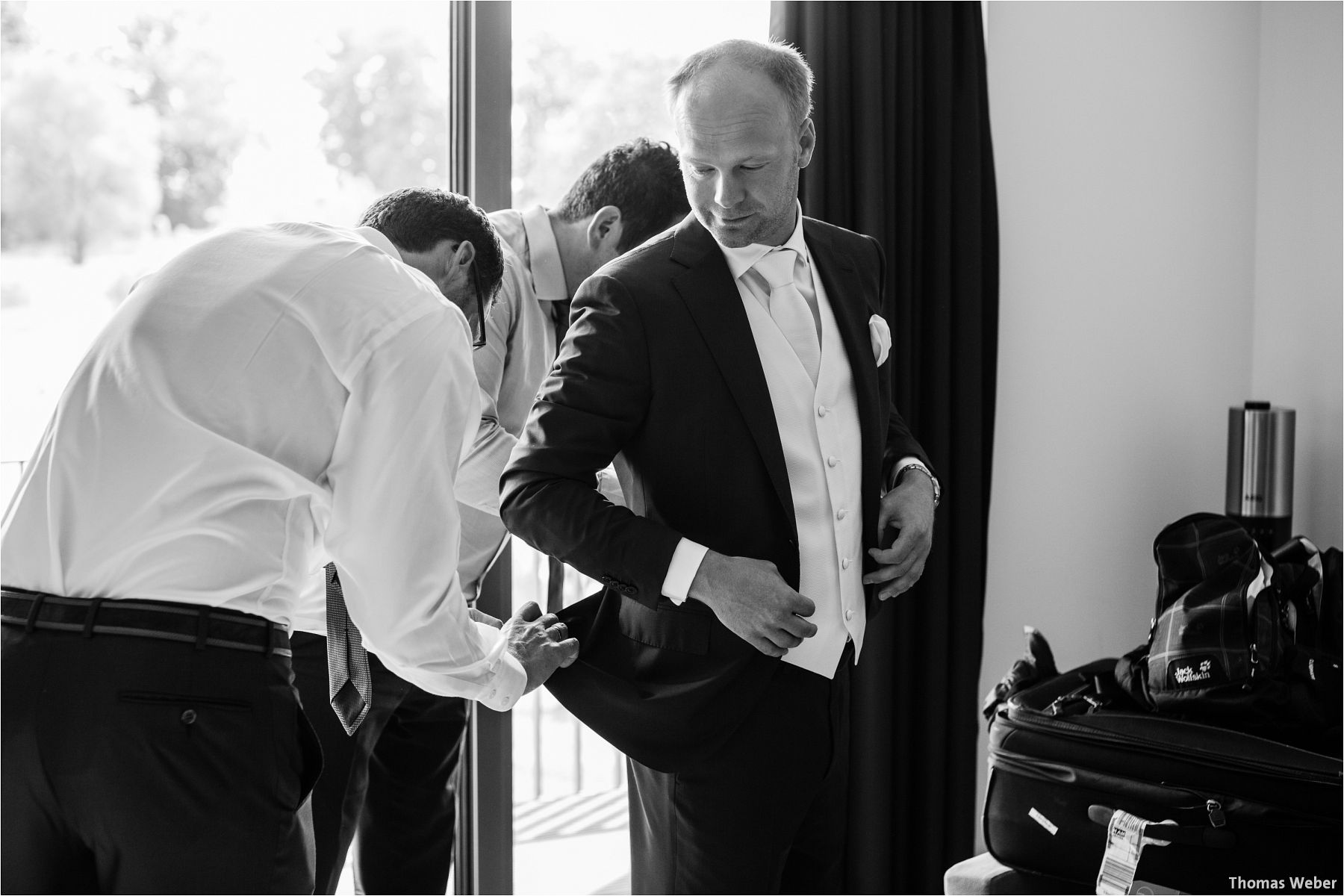 Hochzeitsfotograf Thomas Weber aus Oldenburg: Wunderschöne Hochzeit auf Schlossgut Groß Schwansee an der Ostsee