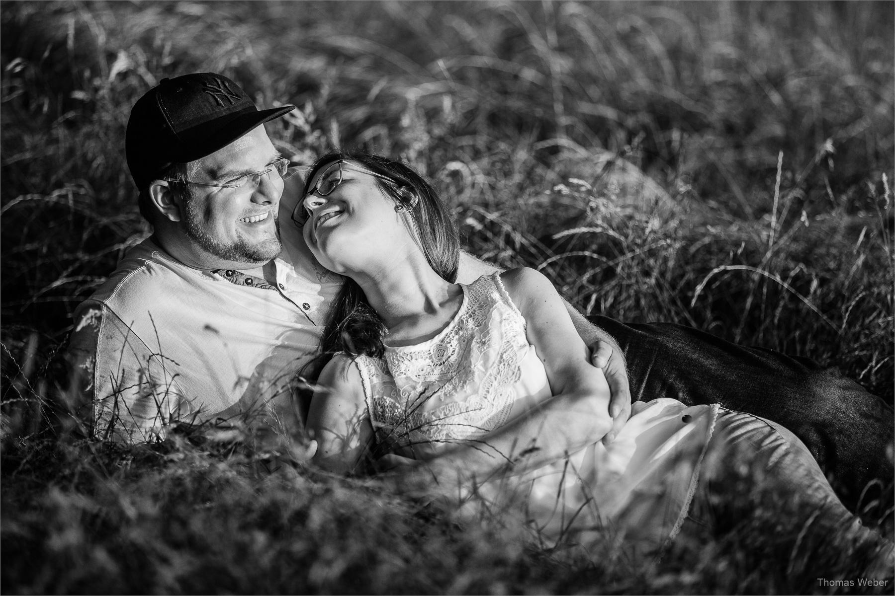 Paarfotos bei einem Engagement-Shooting vom Hochzeitsfotografen Thomas Weber aus Oldenburg