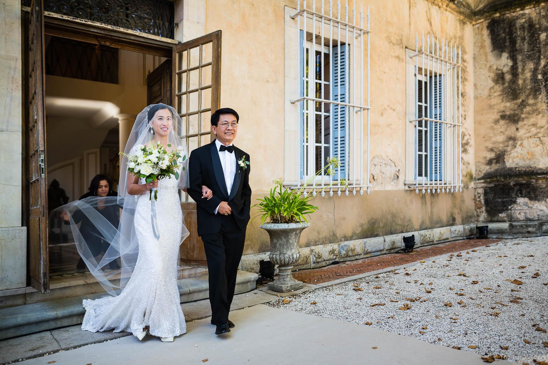 Hochzeitsfotograf auf einer Schlosshochzeit auf Château de Robernier in Südfrankreich nahe Saint-Tropez, Thomas Weber
