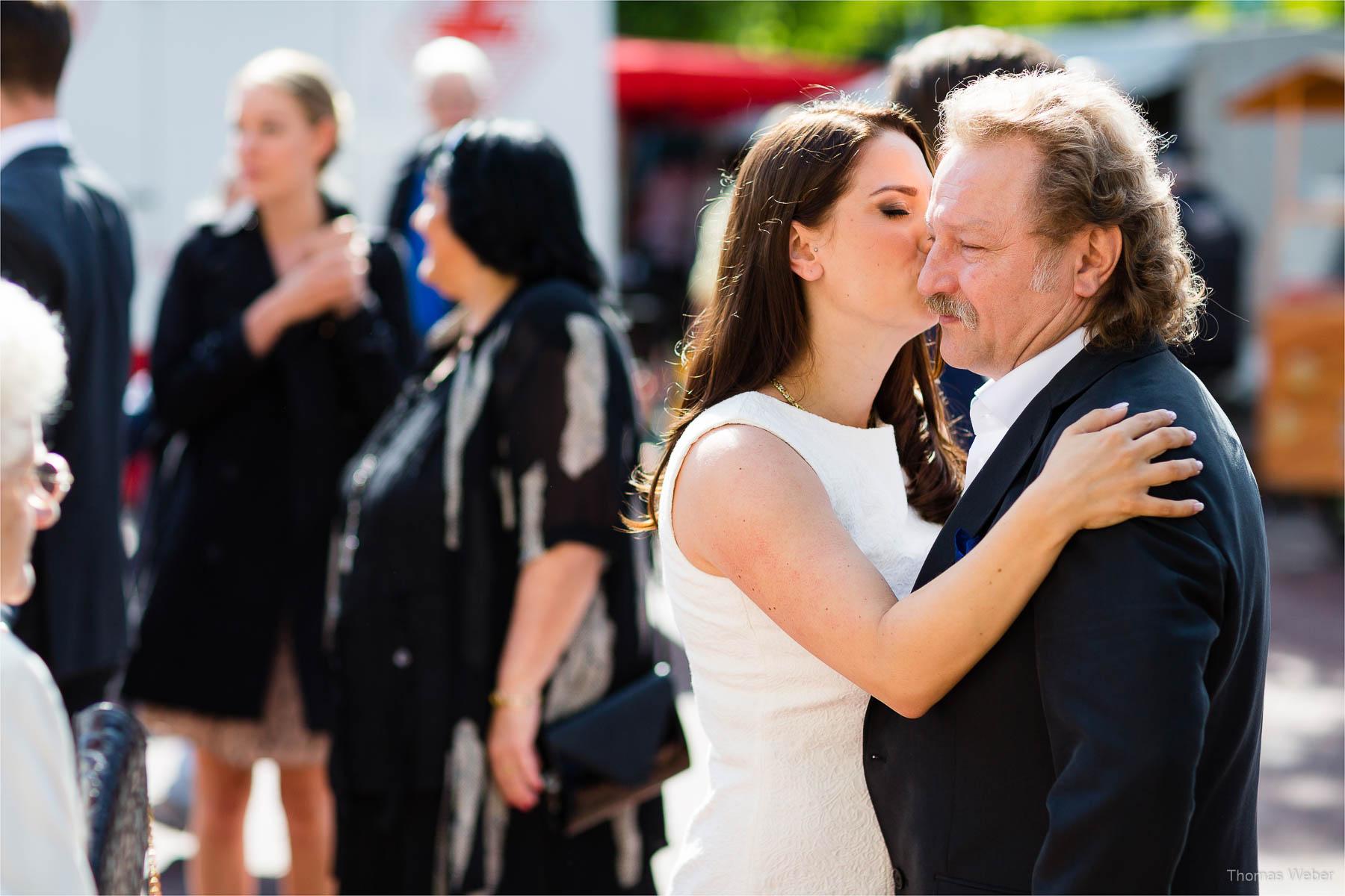 Standesamtliche Hochzeit im Standesamt am Pferdemarkt in Oldenburg, Hochzeitsfotograf Oldenburg, Thomas Weber