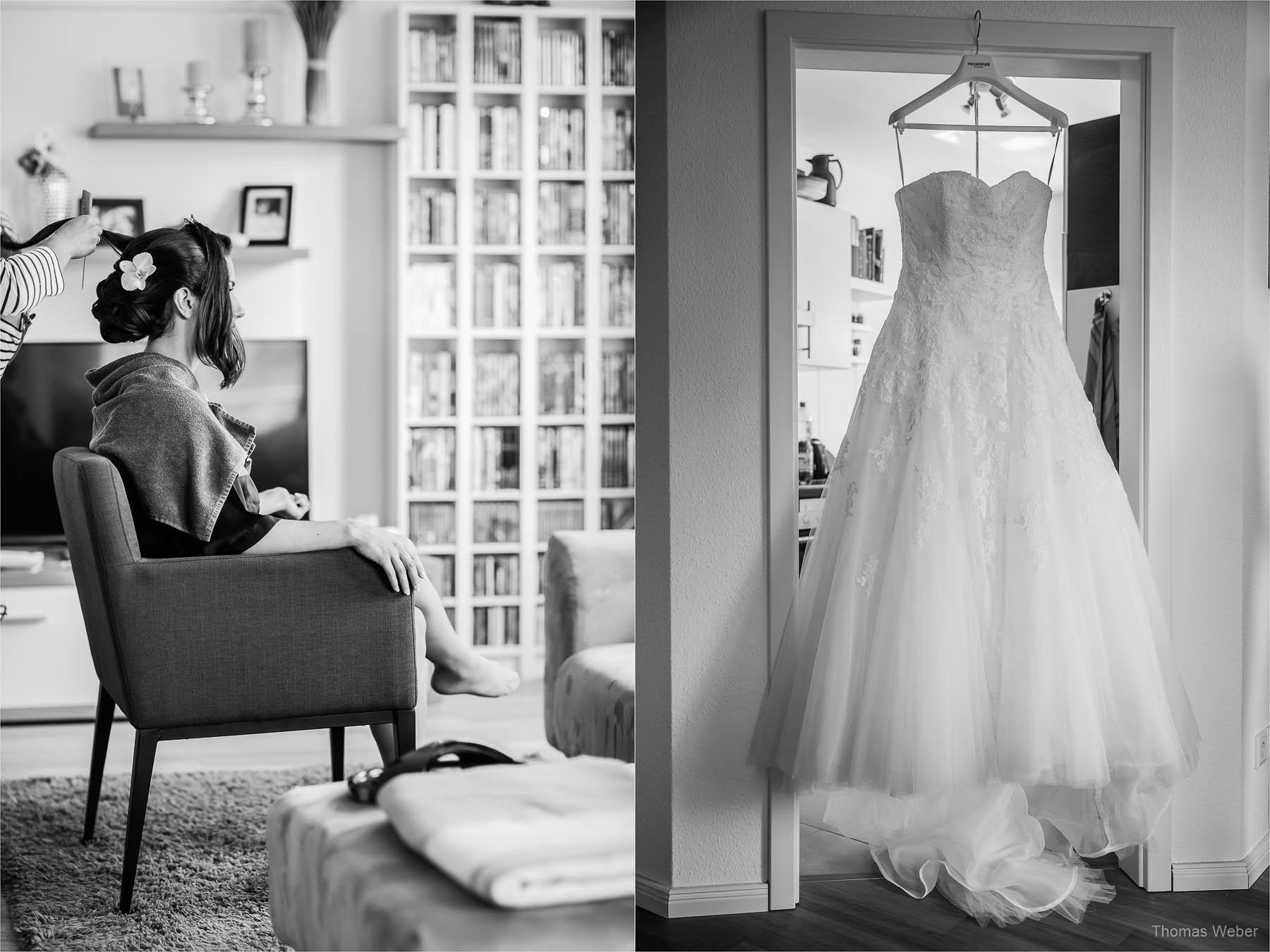 Vorbereitungen der Braut zur Hochzeit auf dem Gut Horn in Gristede, Hochzeitsfotograf Oldenburg, Thomas Weber
